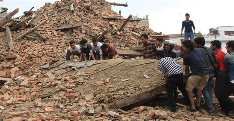 earthquake of nepal nepal in ruins thousands dead after 7 8 magnitude earthquake