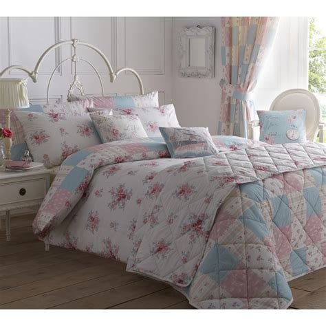 Patchwork Bedding And Curtains - dreams n drapes patsy floral reversible patchwork