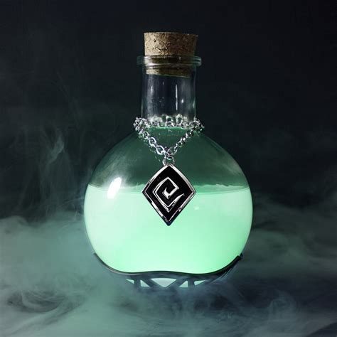 Colors That Go With Black And White by Magic Potion Lamp The Green Head