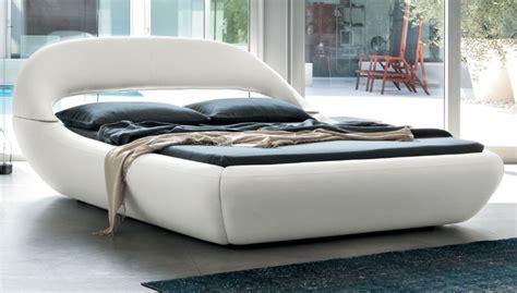 letti matrimoniali offerte letto matrimoniale 180x200 letto in pelle letto design