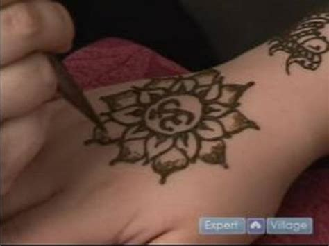 how to do henna tattoos how to draw a lotus flower with