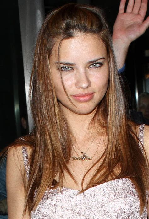 adriana lima hairstyles pictures 12 capellistyleit adriana lima s hairstyles make up gallery models