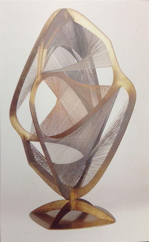 naum gabo linear construction  space   fluid naum gabo sculpture art design art