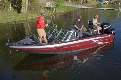 lund boats gl lund boats 208 tyee gl fiberglass fishing boats