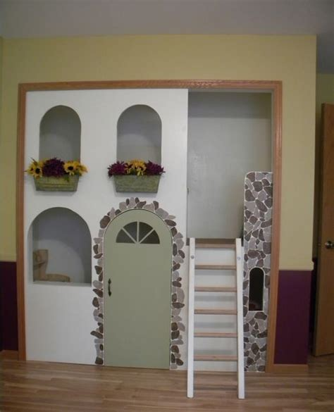 Closet Fort by 25 Best Ideas About Closet Playhouse On Pvc