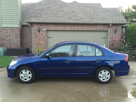 honda civic vp sedan blue carfax certified  maintained  service records gas
