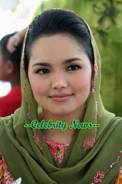gambar siti nurhaliza terbaru koleksi gambar artis malaysia nyawaku gambar imej terbaru siti nurhaliza nyawaku