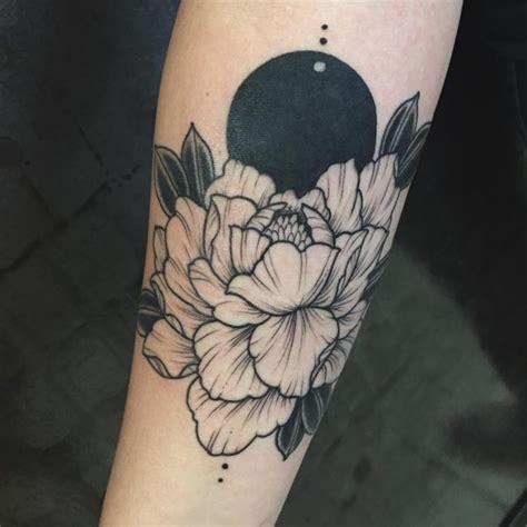 Minimalist Tattoo Cover Up   125 inspiring minimalist tattoo designs subtle body