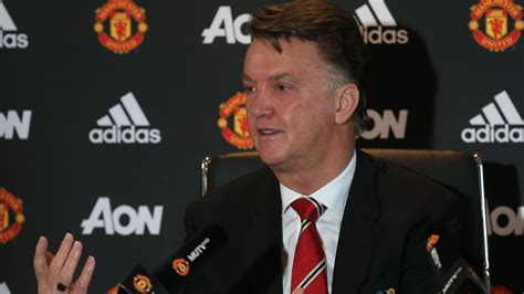 any new signings for man united this january 2016 van gaal looking for january signings official