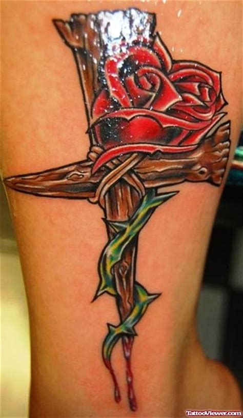 tattoo cross and roses red roses and cross tattoo design for men tattoo viewer com