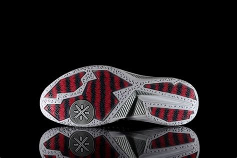 Sepatu Basket Li Ning Wade All Day 2 Color Dazzle kicks les li ning way of wade 4 171 vet s day