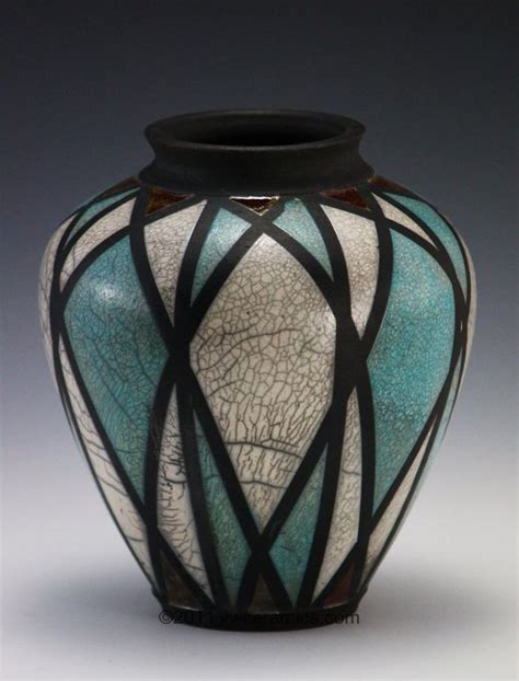 28 Best 25 Ceramic Vase Ideas On Pottery Vase