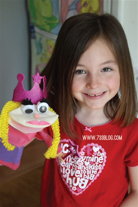 sock puppets with toddlers easy sock puppet kid s craft inspiration made simple