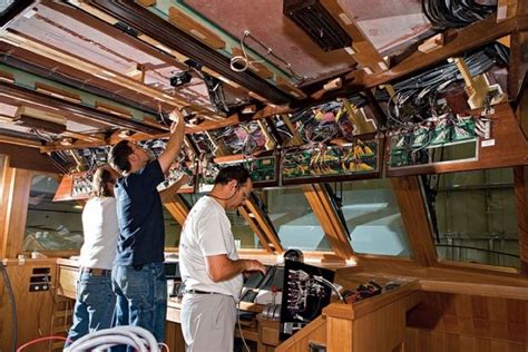 shop boatus 8 ways to avoid problems at the boat repair shop