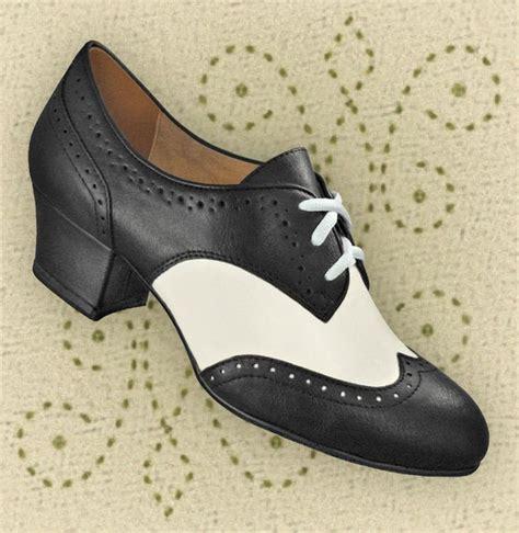 swing shoes aris allen cool weather fashion swing