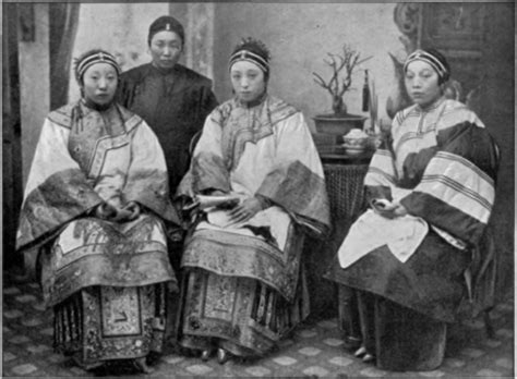 common threads a cultural history of clothing in american catholicism books why do compare nguyen culture to qing culture