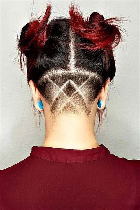 hairstyle to distract feom neck 25 best ideas about undercut hairstyles women on
