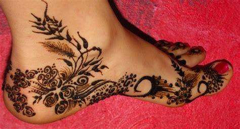 henna on inside of foot asha savla design flickr photo