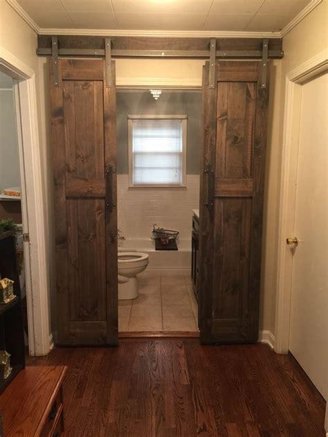 bathroom barn door hardware 25 best ideas about sliding barn doors on