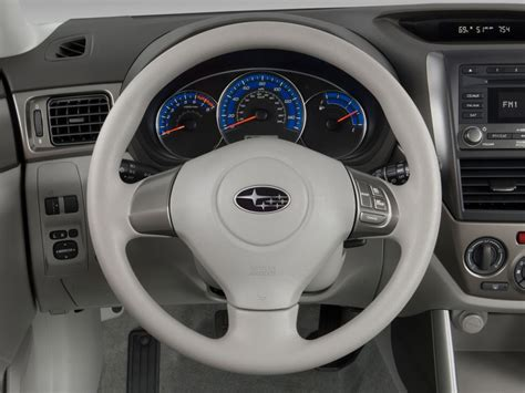 subaru forester steering wheel image 2011 subaru forester 4 door auto 2 5x steering