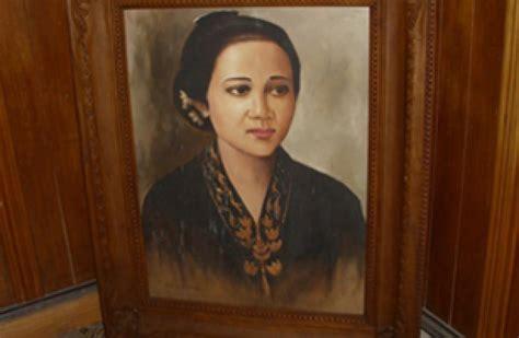 Kartini By Pustaka Karya Ilmu fakta jawaban kh sholeh darat atas kegelisahan kartini