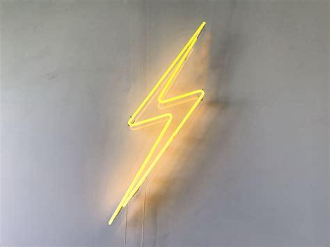 lightning bolt neon sign 187 petagadget