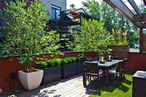 Deck Gardens by Chicago Rooftop Deck And Garden 2014 Hgtv