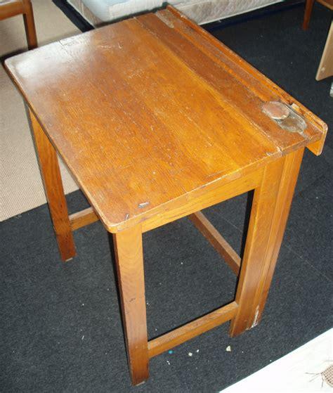 bureau enfant pliable bureau ecolier bois pliable vintage les vieilles choses