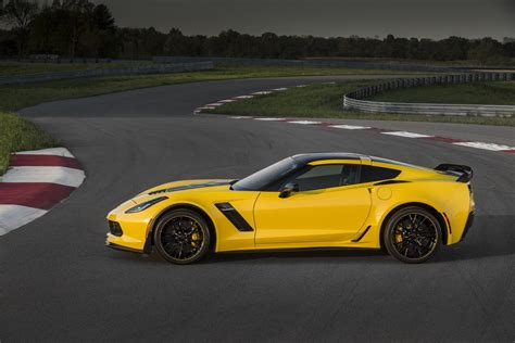 chevrolet corvette 2016 2016 chevrolet corvette stingray updates gm authority