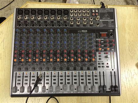 Mixer Behringer Xenyx 2222fx behringer xenyx 2222fx image 875636 audiofanzine