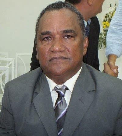 gabinete ze neto prefeito z 233 alberto quer gastar r 1 5 milh 245 es em seu