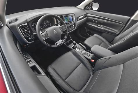 mitsubishi outlander 2016 interior new look 2016 mitsubishi outlander revealed performancedrive