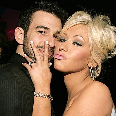 Aguilera Husband On Sundays by Aguilera Divorce Aguilera Splits From Husband