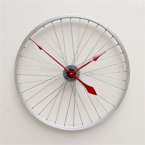 interesting clocks 20 unusual and creative diy clocks