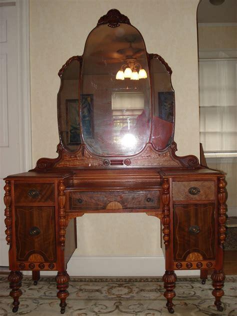 summer sale ornate victorian vanity dresser  mirror original finish pick