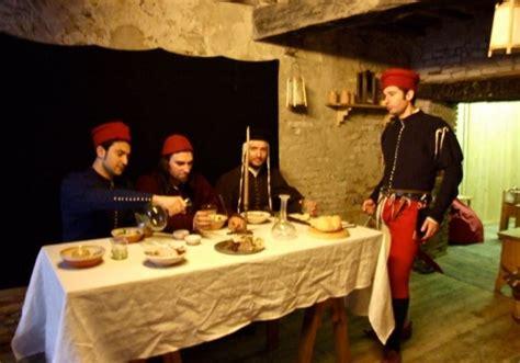 banchetti medievali medioevo a tavola