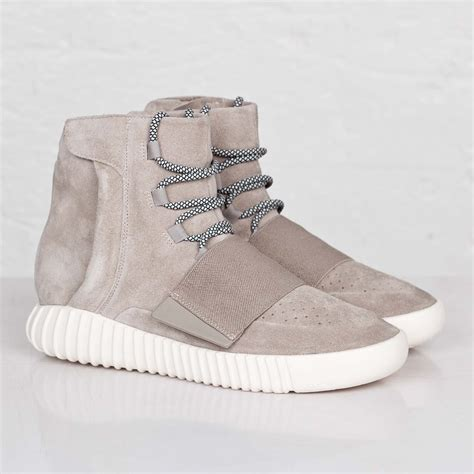 adidas yeezy 750 boost style nba damian lillard wears adidas yeezy 750 boost