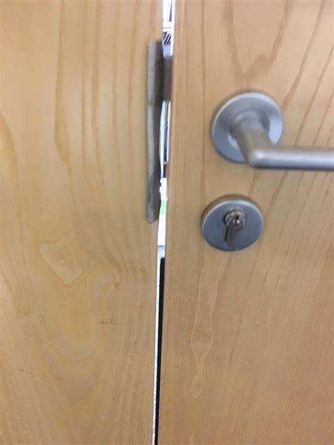 gap door door with gap in the middle doors and