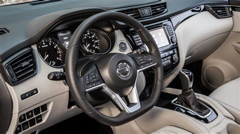 2017 Nissan Rogue Sport Interior And Exterior