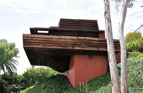 sturges house 1939 by architect frank lloyd wright skyeway sturges house frank lloyd wright brentwood california