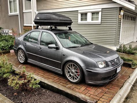 volkswagen gli stance vw gli mk4 jetta thule excursion carrier lowered gli