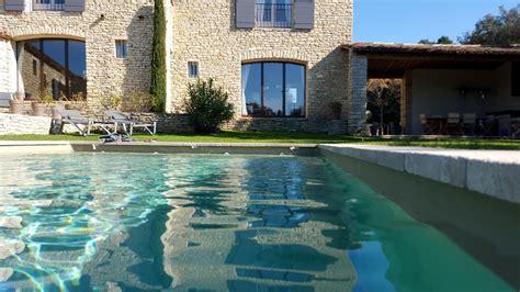 la chambre d hotes gordes piscine 2 printemps terrasses de gordes luberon provence