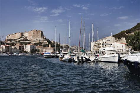 motorjacht huren frankrijk motorboot huren propriano frankrijk corsica varen