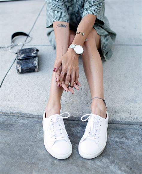 Sneaker White 6 ways to wear your trusty white sneakers this week
