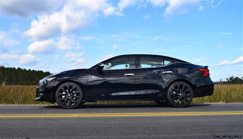 nissan maxima 2017 black 2017 nissan maxima sr midnight edition hd road test review