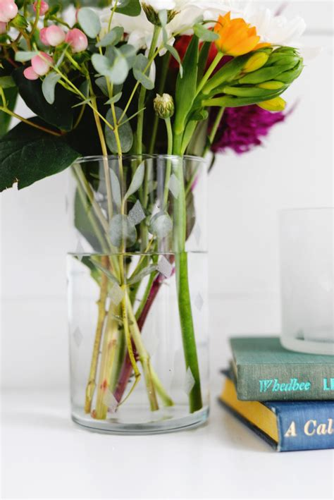 Diy Flower Vases by Diy Etched Glass Vase