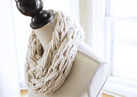 simply maggie arm knitting arm knitting kit the infinity scarf by simply maggie