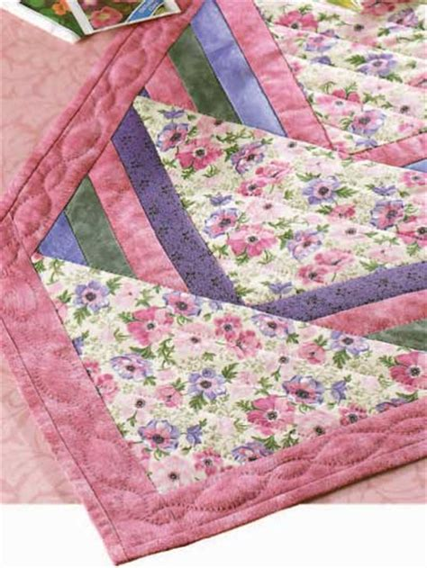 free pattern table runner quilted table runner patterns spring flower runner