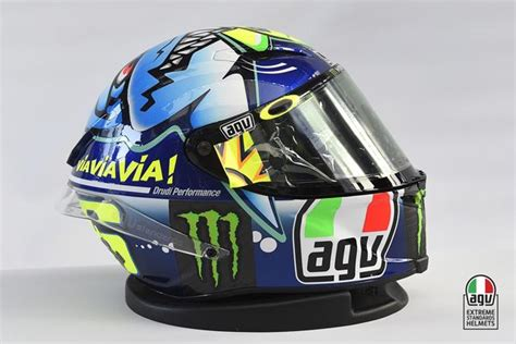 Helm Yamaha Special Swirl valentino s special misano helmet explained cycle news