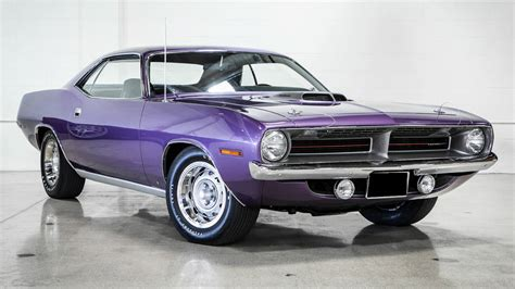 1970 Plymouth Hemi 'Cuda Auction   Hemi Barracuda at Russo